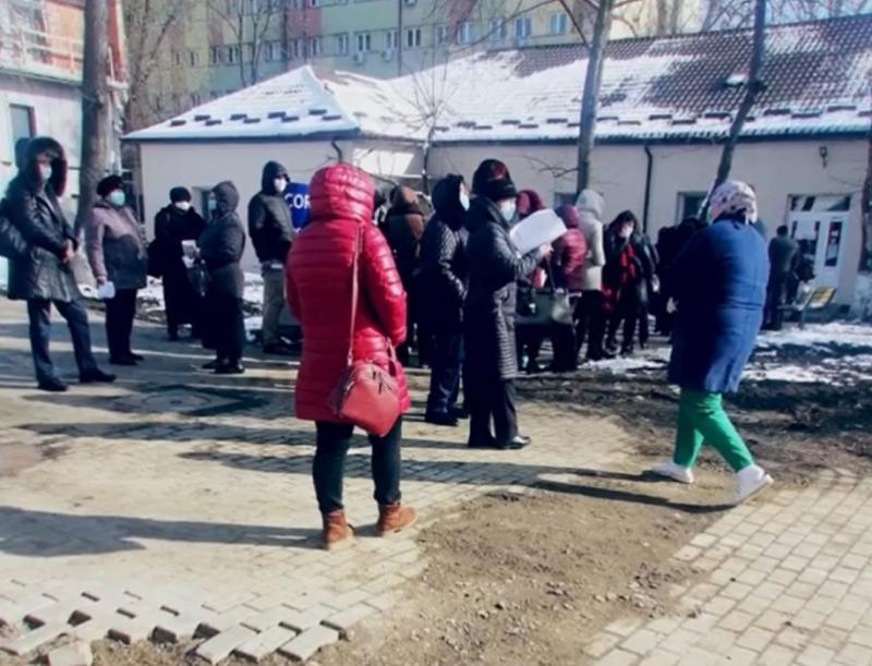 Spitalele din România devin focare de coronavirus! Sute de medici şi asistenţi sunt acum în pericol