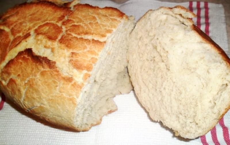 Cum se prepară pâinea înăbușită? O pâine cu miez dens și pufos și exterior crocant