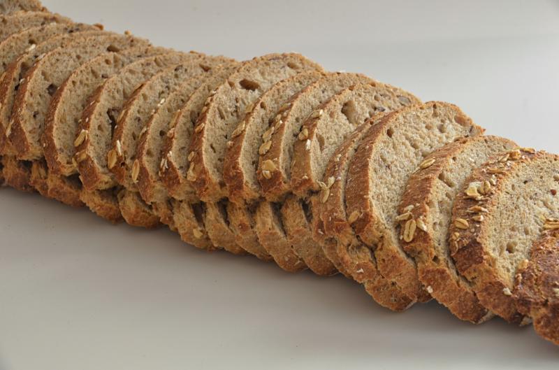 Românii riscă să rămână fără pâine până la vară: stocurile de grâu sunt aproape epuizate și seceta pune la pământ agricultorii