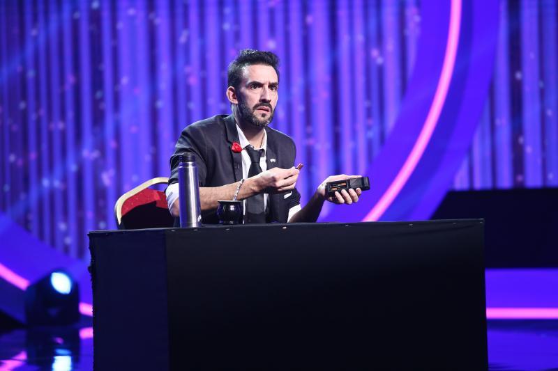 """A făcut să apară banii pe masă, din senin! Sergio Starman i-a lăsat mască pe jurații iUmor: """"Încercam să înțeleg"""""""