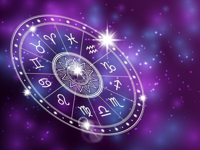 Horoscopul zilei de duminică, 12 aprilie 2020: Schimbare neașteptată pentru raci și o bucurie imensă pentru vărsătorii