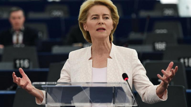 """Vârstnicii, în izolare până la finalul anului! Șefa Comisiei Europene anunță măsuri drastice: """"Trebuie să învăţăm să trăim cu virusul până anul viitor"""""""