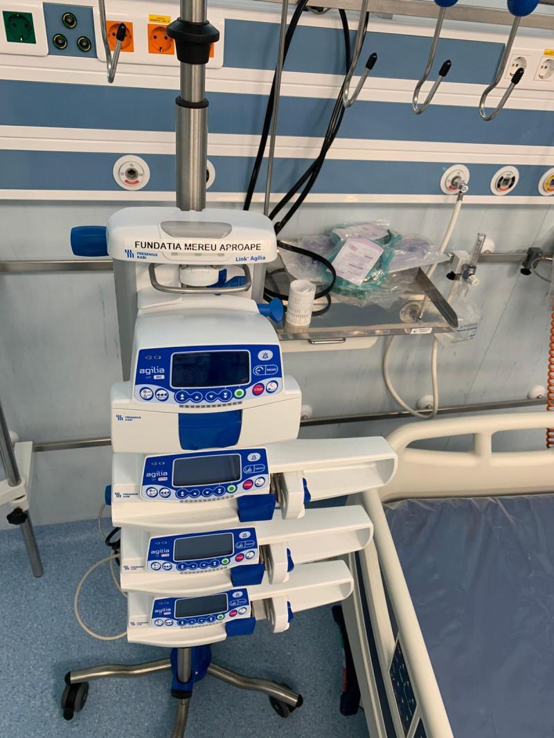 Fundația Mereu Aproape sprijină Fundația pentru SMURD  cu două unități mobile de terapie intensivă, dotate cu echipamente medicale, în valoare totală de 872.000 euro