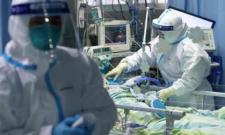 Cum arată Învierea la Terapie Intensivă. Medicii au numărat respirațiile pacienților și au luptat pentru a le ține inimile în viață