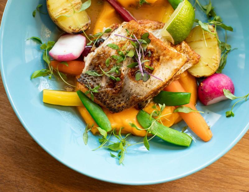 Opt obiceiuri alimentare sănătoase pentru articulaţiile tale