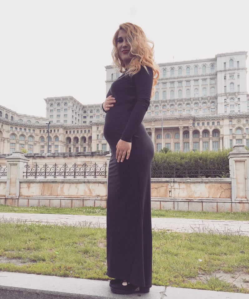 Îți mai aduci aminte cum arăta Adda când era însărcinată? |Galerie foto