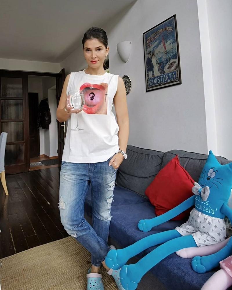 """Alina Pușcaș, de nerecunoscut după izolare! Schimbare totală de look, în prima zi de libertate: """"Am devenit un fel de Elsa"""" - FOTO"""