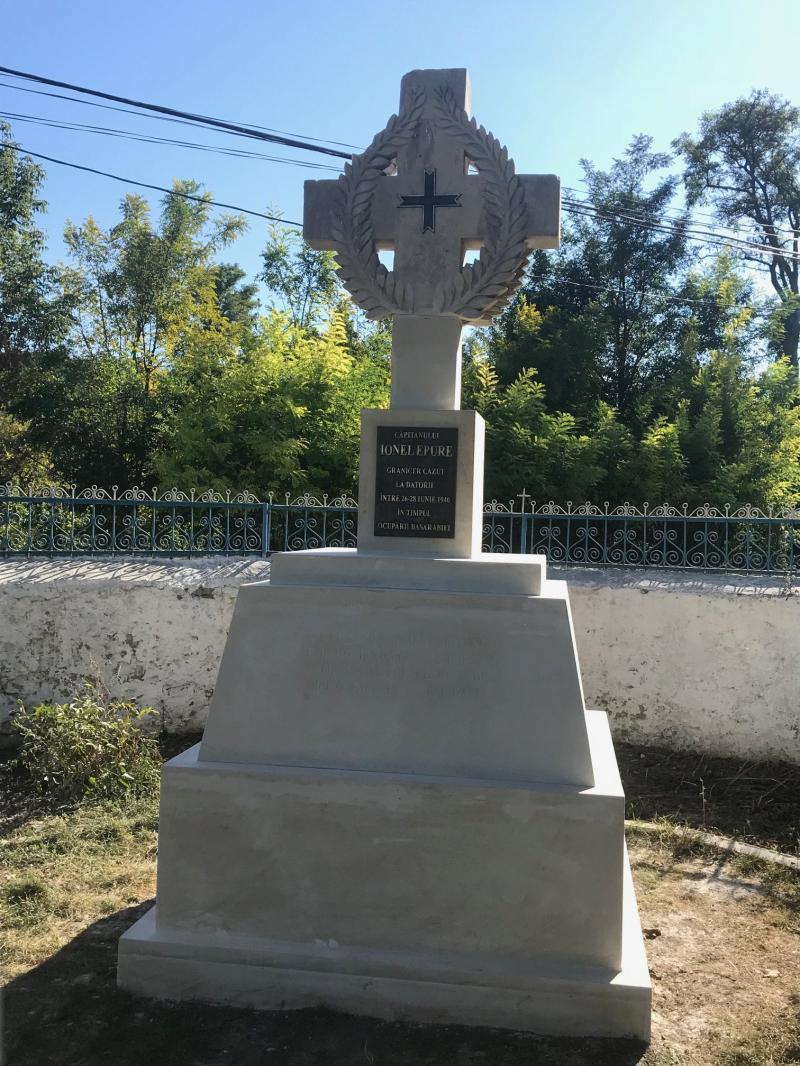 """Ionel Epure, eroul român ucis de ruși, uitat de toți. I-au dărâmat monumentul. """"Pe crucea sa se urinau câinii"""""""