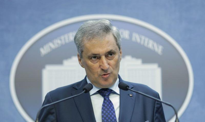 Românii au întrebat dacă de la 1 iunie se redeschid piscinele sau ștrandurile. Răspunsul ministrului Marcel Vela