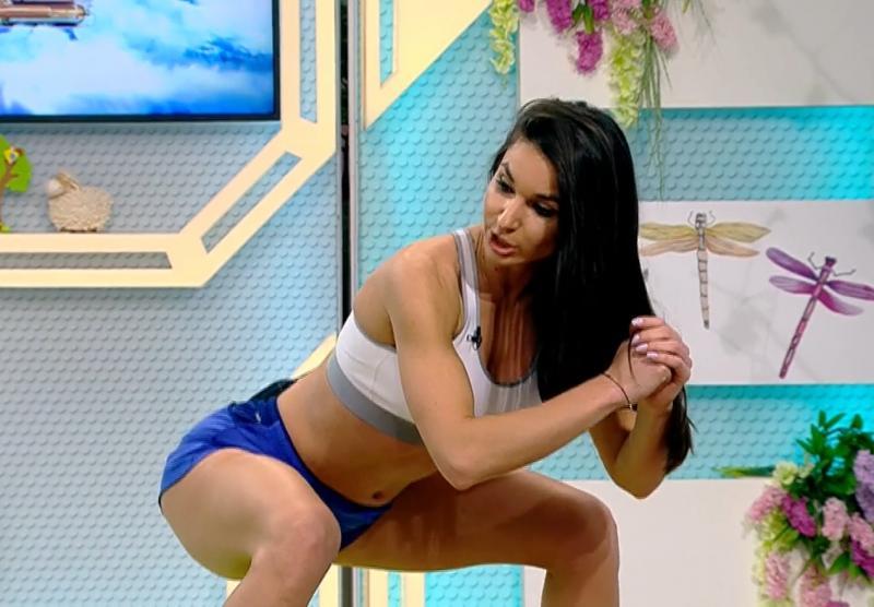 Periculos de sexy! Diana Stejereanu și Ramona Olaru au încins atmosfera cu mișcările lor