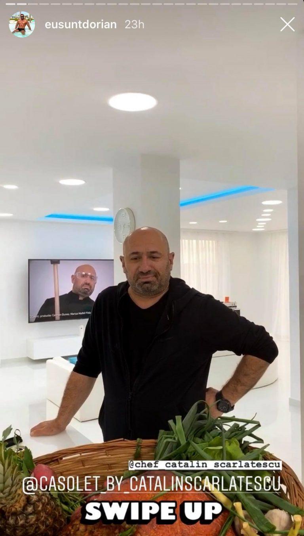 """Cătălin Scărlătescu l-a vizitat pe Dorian Popa la vila din Domnești. Ce cadou de casă nouă i-a adus juratul de la """"Chefi la cuțite"""""""