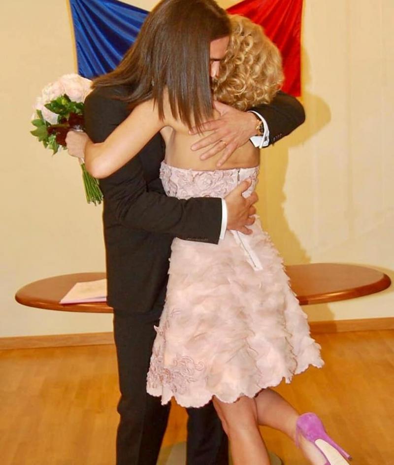 Alessandra Stoicescu, aniversare în familie! Frumoasa prezentatoare a sărbătorit șapte ani de mariaj! Ce mesaj emoționant a postat pe conturile sale de socializare!  Foto