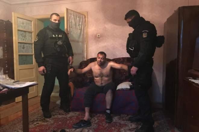 A trecut un an! Omagiu emoționant adus polițistului Cristian Amariei, împușcat mortal de un infractor pe care îl urmărea