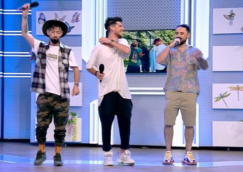 """Băieții de la """"Noaptea târziu"""", piesă acidă pentru toți influencerii din România! Versurile sunt senzație"""