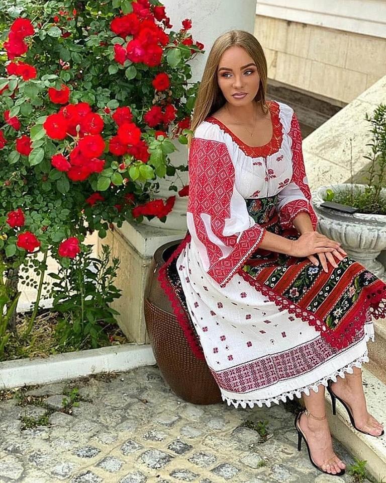 Maria Constantin, relație interzisă?  Cu cine se iubește artista