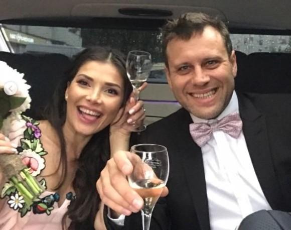 """Dezvăluiri din intimitate! Alina Puşcaş a mărturisit secretul căsniciei ei: """"Facem destul de des. Recomand!"""""""