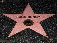Smiley News: Cel mai celebru iepure din lume încântă de generații, copiii. A fost preferatul străbunicilor noștri și îi încântă și pe puștii de azi. Bugs Bunny împlinește 80 de ani!