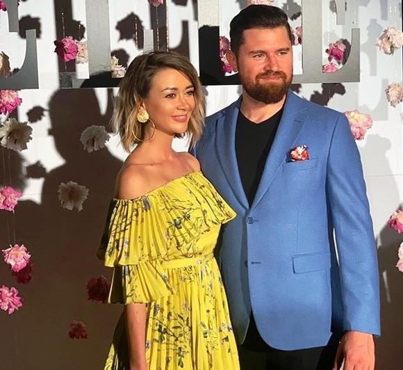 """Nuntă mare în showbiz! Denisa Tănase, de la Bambi, se căsătorește! Când va avea loc evenimentul: """"O să fie mai restrâns cu persoane foarte apropiate"""""""