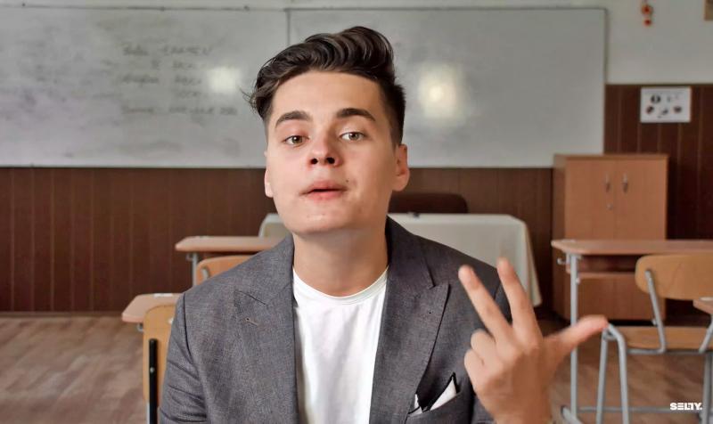 """Daniel Funeriu îl pune la zid pe Selly, cel mai cunoscut vlogger din România: """"O maimuță încălțată și needucată cu figuri în cap"""""""