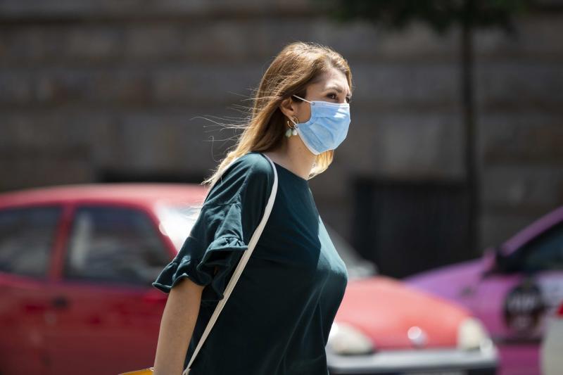 Creștere alarmantă a cazurilor de coronavirus, în România! 1.215 de noi îmbolnăviri! Încă 35 de morți! Câți pacienți cu COVID-19 sunt la ATI