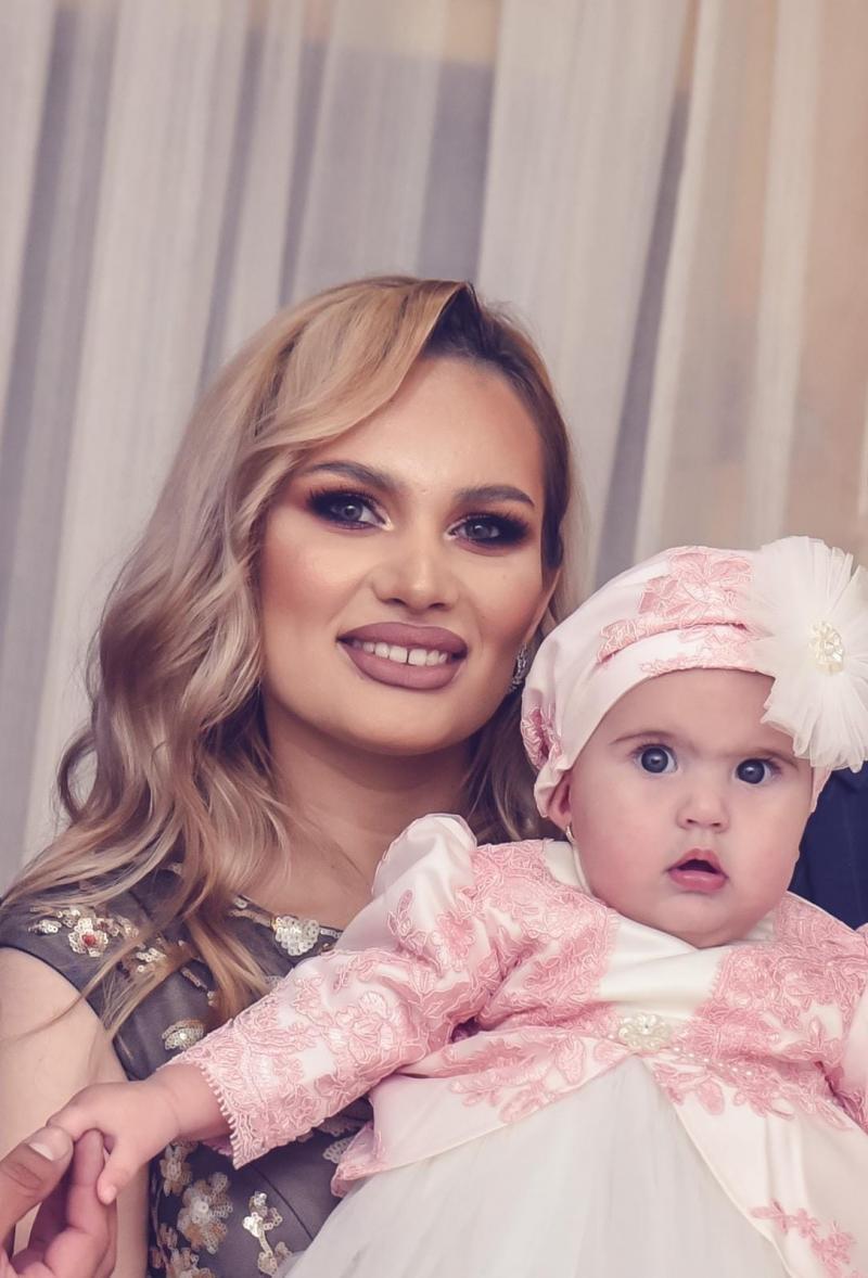 O mai ții minte pe Bianca de la Insula Iubirii? Concurenta a devenit mamă, iar soțul ei candidează la Primărie | Foto