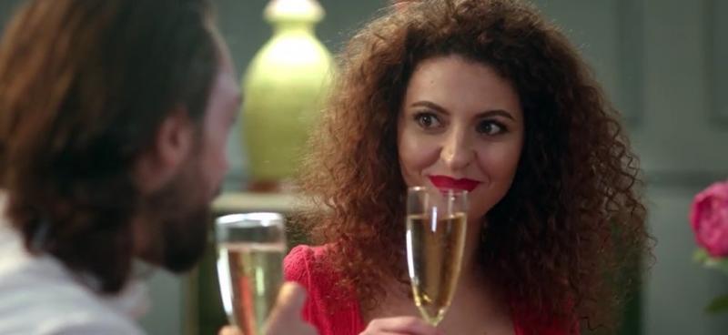 """O întâlnire ieșită din comun! Cezar a făcut o propunere neașteptată pentru Nicole: """"Ești deschisă la o relație de poliamorie?"""""""