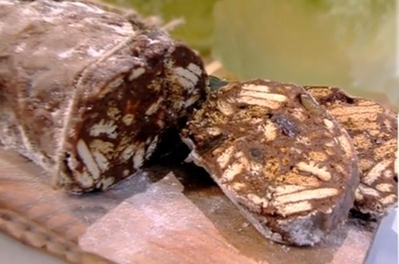 Salam de biscuiți cu ciocolată. O rețetă de desert cu gust de copilărie