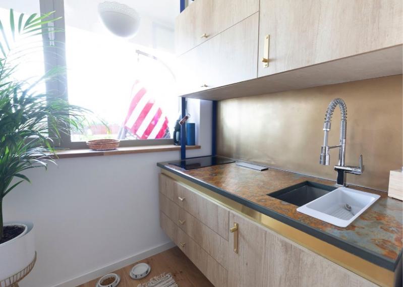Finisaje ideale pentru peretele din zona blatului de bucătărie