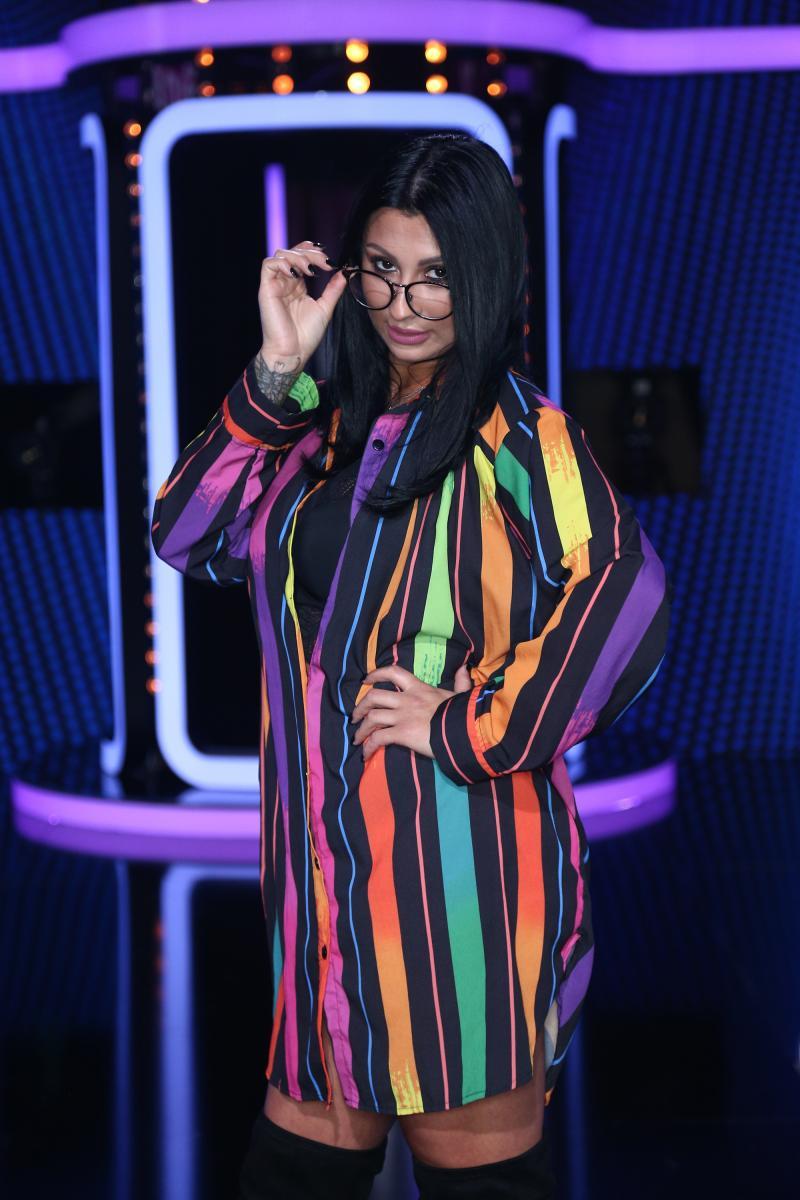 """Mirela, cea mai fierbinte concurentă din show-ul Rămân cu tine! Liviu Vârciu: """"Nu se poate concentra omul, zici că vrei să-l alăptezi"""""""