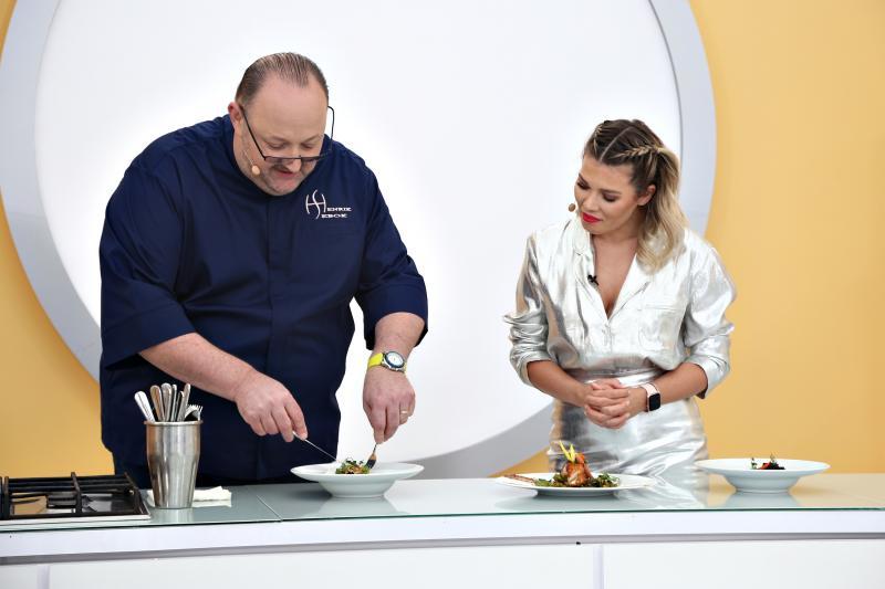 """Emoții uriașe la """"Chefi la cuțite""""! Henrik Sebok jurizează preparatele gătite de Bontea, Scărlătescu și Dumitrescu"""