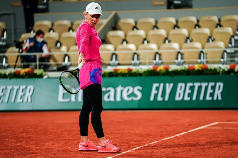 Echipamentul-surpriză purtat de Simona Halep la Roland Garros 2020. Cum a apărut la primul meci