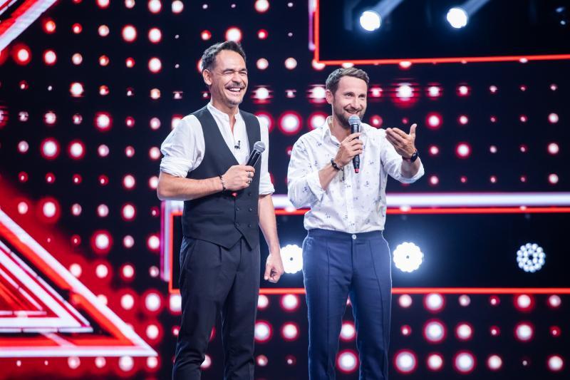 """Răzvan și Dani, pe scena X Factor din 11 septembrie, de la 20.30, la Antena 1: """"Ne-au lipsit îmbrăţisările, strângerile de mână, dar am strâns poveşti emoţionante"""""""