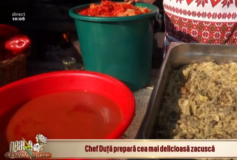 Cum se prepară cea mai delicioasă zacuscă tradițională? Secretul unei gospodine de la o fermă de legume