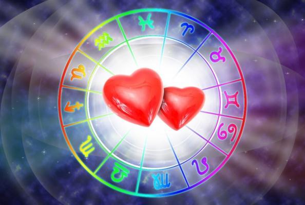 Horoscopul zilei de 22 octombrie 2021. Balanțele au nevoie de o schimbare. Află ce se întâmplă cu zodia ta