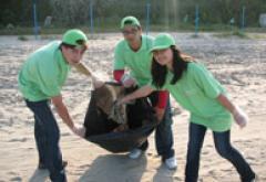 Morar si Buzdugan merg cu Umbrela verde la mare!