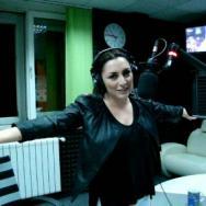 Andra in premiera cu Telephone la Radio ZU