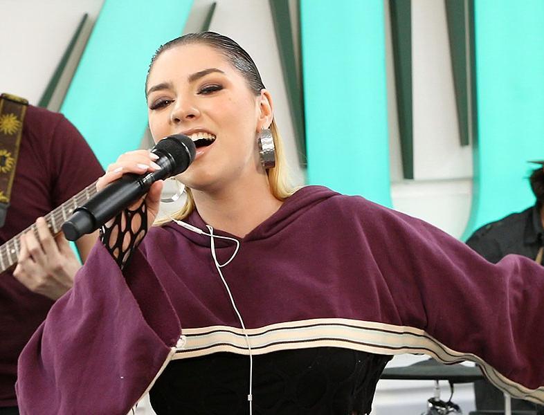 """LIVE: JO cântă """"Que Sera, Sera"""" în premieră"""