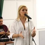 "LIVE: Jo cântă ""Stinge-mi luna"" la Morning ZU"