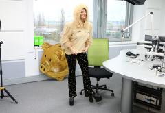 Uite cum face Delia când aude la Radio ZU piesa ei preferată!