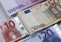 Încă o lovitură pentru moneda naţională