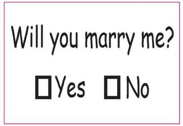 Infarct sau căsătorie! Era cât pe ce să...