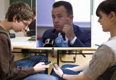 Franta interzice telefoanele mobile în școli