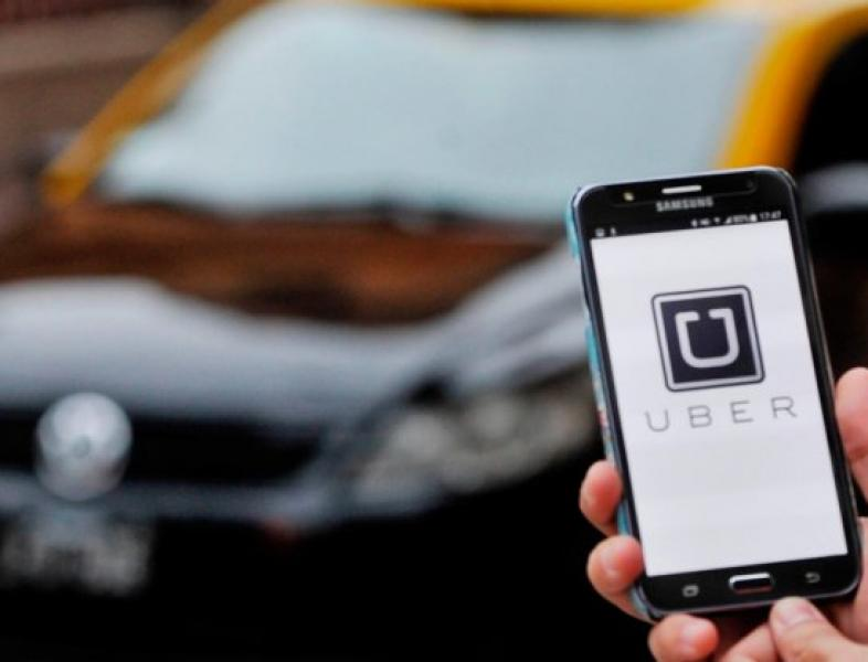 13 decembrie, protest împotriva UBER si Taxify