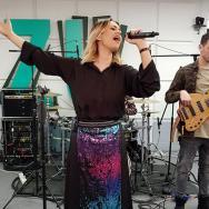 """LIVE: Feli a cântat """"Bună de iubit"""" la Morning ZU"""