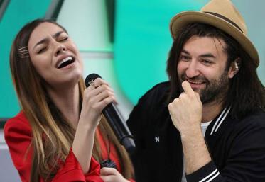 "Mira a cântat piesa ""Vals"", LIVE, în Morning ZU"