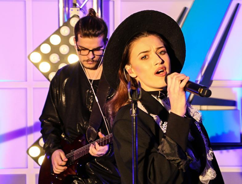 "LIVE: Buzdu și Morar au dat ""petrekere"" cu Ioana Ignat"