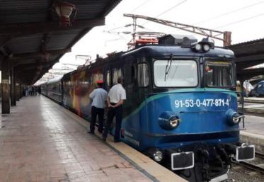 CFR suplimentează trenurile spre litoral şi Valea Prahovei