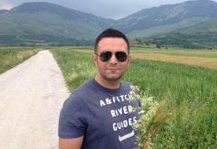 Banc cu Ion și Gheorghe din Botoșani