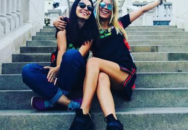 Ce isprăvi au mai făcut influencerițele de la Forza ZU 2018? Emma și Tea în acțiune
