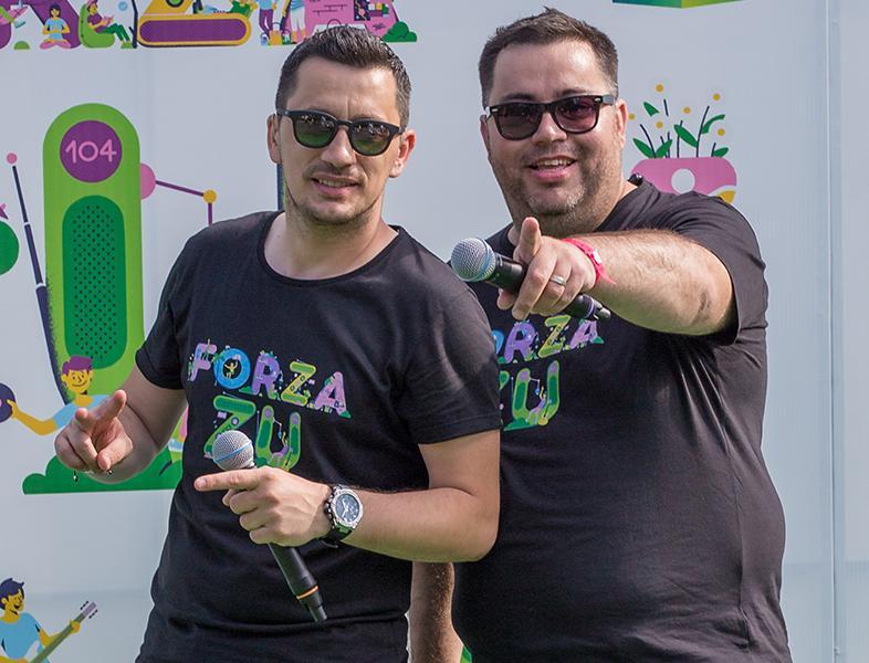 Popescu și Flick completează Tonomatul pieselor de vară